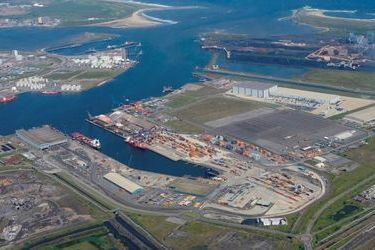 PD Ports-Glencore contract signed