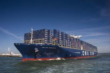 CMA CGM chooses LNG for biggest ships