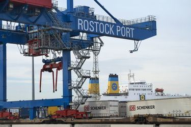 European Transport Maps Harbours review