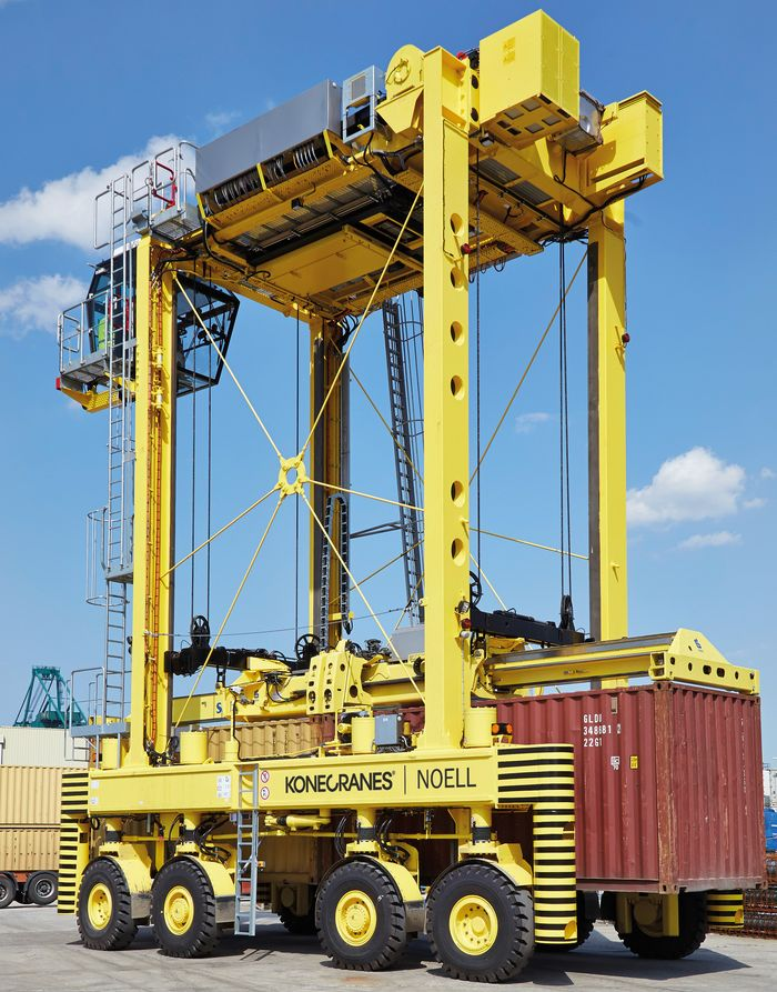 Konecranes Noell Straddle Carrier
