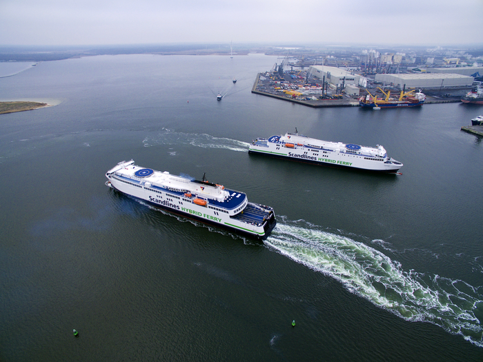 Scandlines' hybrid ferries Berlin and Copenhagen in the Port of Rostock (photo: Scadnlines/Lars Sørensen)