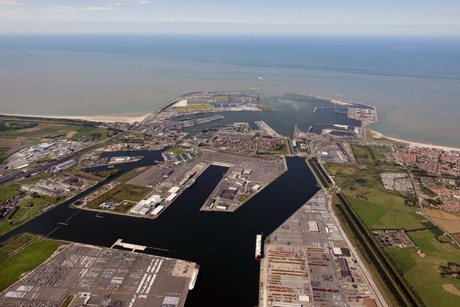 Zeebrugge port harbours review - Where is zeebrugge ferry port ...